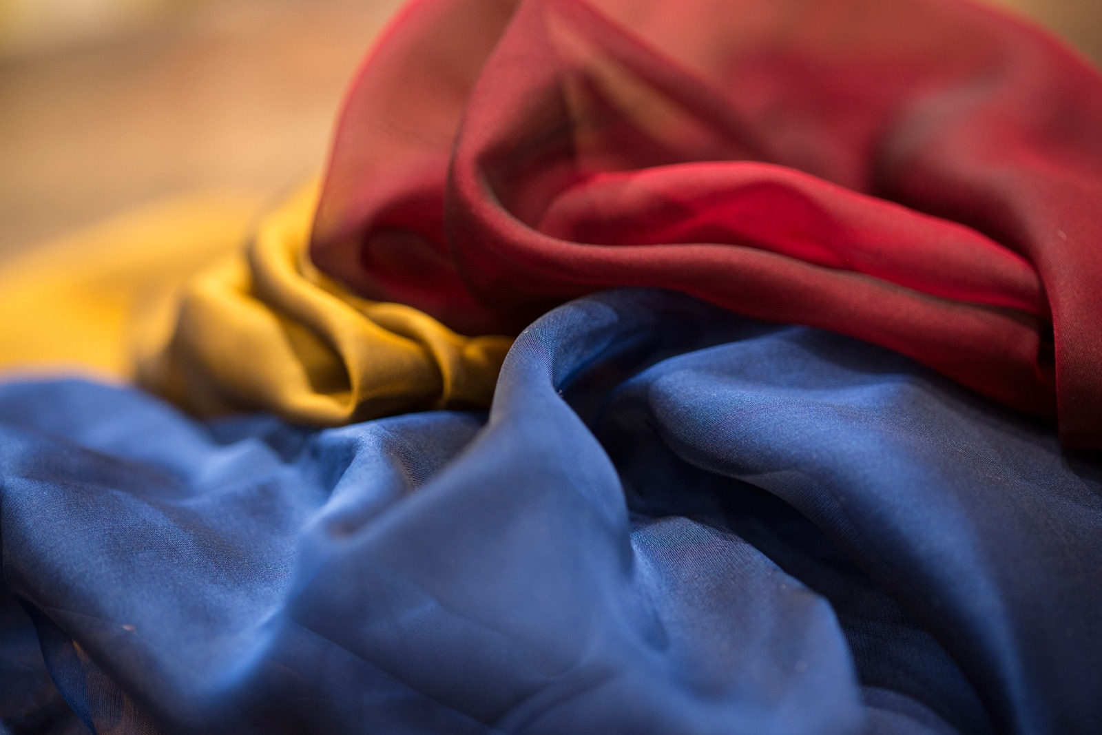 Shop new tess - ecommerce vendita online tessuti abbigliamento, sartoria e moda al metro